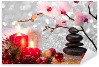 Sticker Pixerstick Composition de massage spa de Noël avec des bougies, des orchidées, des pierres
