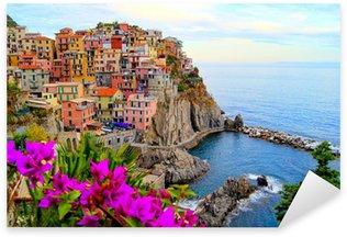 Sticker Pixerstick Côte des Cinque Terre en Italie avec des fleurs
