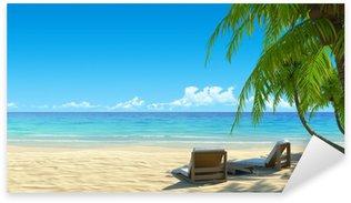 Sticker Pixerstick Deux élégantes chaises de plage sur tropical idyllique plage de sable blanc