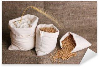Sticker Pixerstick La farine et le grain de blé sur le sac