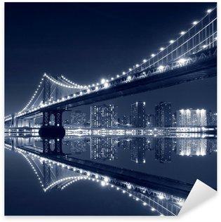 Sticker Pixerstick Manhattan Bridge et Manhattan At Night