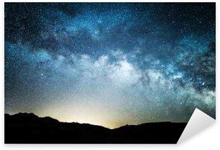 Pixerstick Sticker Melkachtige manier zoals die van Death Valley 's nachts