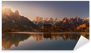 Sticker Pixerstick Mont-Blanc et les Alpes reflète dans le lac Blanc