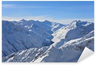 Sticker Pixerstick Montagnes sous la neige en hiver. Alpes. Solden. Autriche