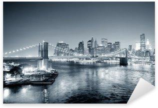 Sticker Pixerstick New York City Manhattan en noir et blanc