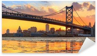 Sticker Pixerstick Panorama de Philadelphie horizon et Ben Franklin Bridge et Penn