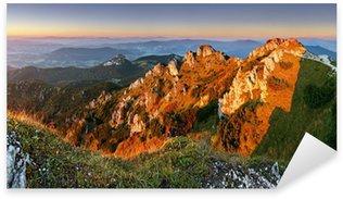 Sticker Pixerstick Piton rocheux au coucher du soleil - Rozsutec