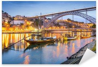 Sticker Pixerstick Porto, Portugal Ville Skyline sur le fleuve Douro