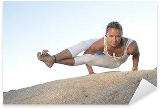 Sticker Pixerstick Pose de yoga Astavakrasana