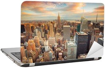 Sticker pour Ordinateur Portable Coucher de soleil sur New York donnant sur le centre de Manhattan