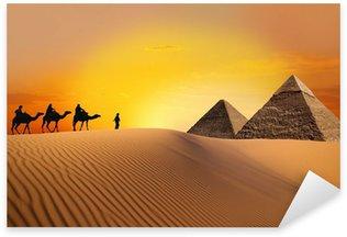 Sticker Pixerstick Pyramide, le chameau et le coucher du soleil