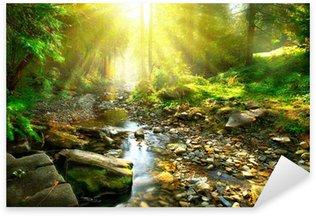 Sticker Pixerstick Rivière de montagne tranquille dans une forêt verte