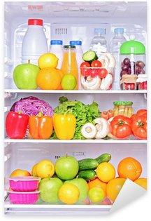Pixerstick Sticker Shot van een open koelkast met levensmiddelen