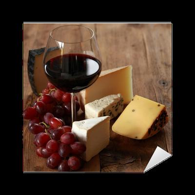 sticker vin rouge avec des fromages pixers nous vivons pour changer. Black Bedroom Furniture Sets. Home Design Ideas
