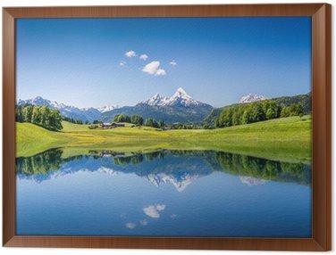 Tableau en Cadre Paysage idyllique d'été avec lac de montagne et les Alpes