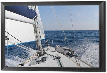 Tableau en Cadre Voilier de vitesse dans la mer