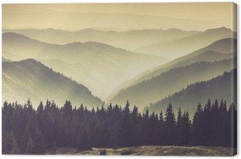 Tableau sur Toile Collines de montagne brumeuses