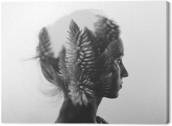 Tableau sur Toile Double exposition Creative avec le portrait de la jeune fille et des fleurs, monochrome
