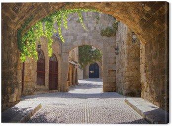 Tableau sur Toile Rue médiévale voûtée dans la vieille ville de Rhodes, Grèce