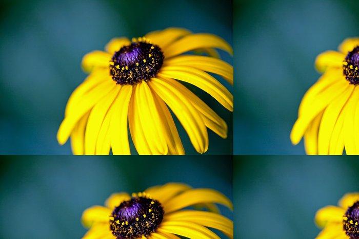Vinyltapete Schöne gelbe Blume auf einem grünen Feld - Blumen