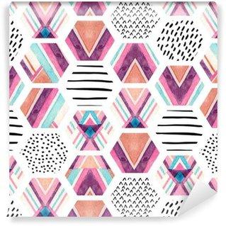 Akvarelli kuusikulmainen saumaton malli geometristen koristeelementtien kanssa Vinyylitapetti