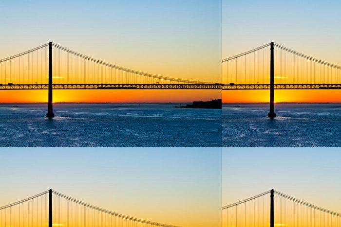 Vinylová Tapeta 25. mostu při východu slunce dubna - Infrastruktura
