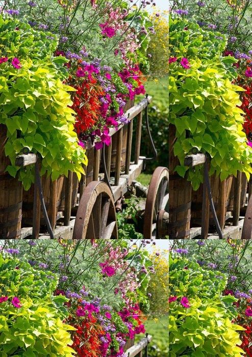 Tapeta Pixerstick Alter Wagen mit Blumen - letní květiny - Květiny