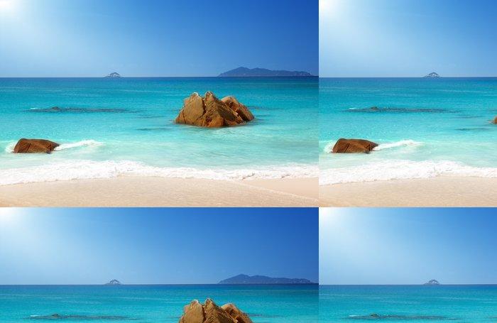 Tapeta Pixerstick Anse Lazio Beach na ostrově Praslin na Seychelách - Voda
