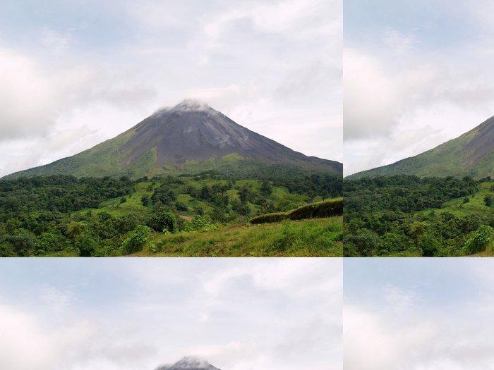 Tapeta Pixerstick Arenal Volcano v Kostarice - Amerika