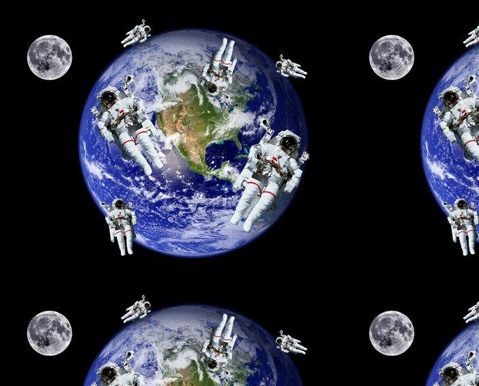 Tapeta Pixerstick Astronauti Země Měsíc Space - Meziplanetární prostor