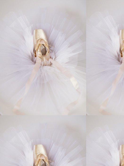 Tapeta Pixerstick Baletní obuv 1 - Umění a tvorba