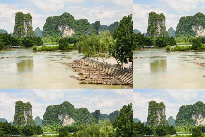 Tapeta Pixerstick Bambusové vory v idylické řeky Li scenérie Yangshuo Čína - Voda