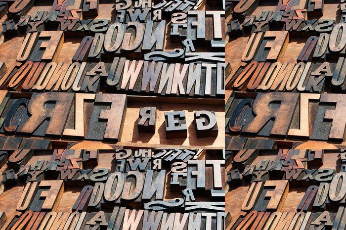 Tapeta Pixerstick Banda starých vinobraní dřevěný blok tiskařských písmen. - iStaging