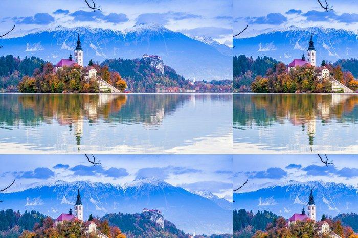Vinylová Tapeta Bled s výhledem na jezero, Slovinsko, Evropa - Evropa
