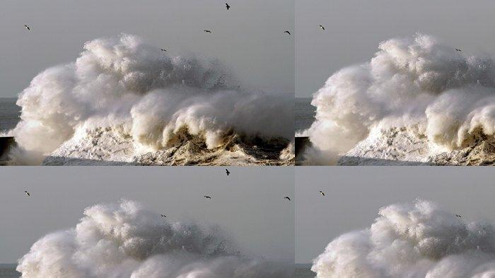 Vinylová Tapeta Bouřlivé vlny - Voda