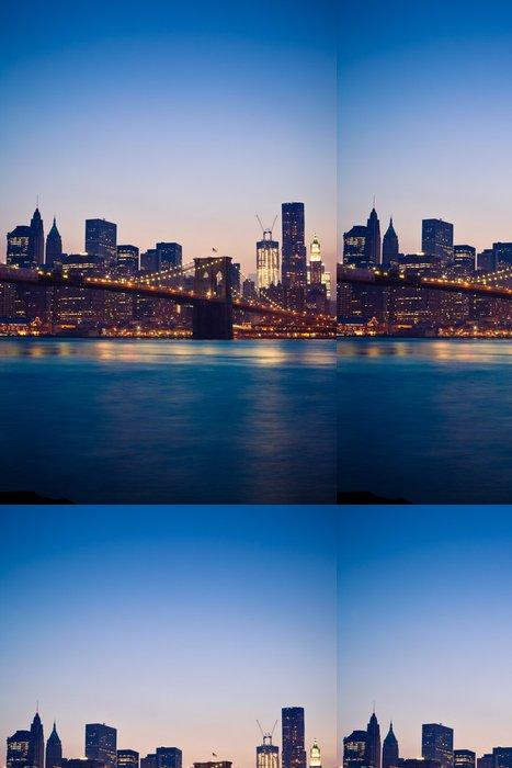 Tapeta Pixerstick Brooklyn Bridge v New Yorku - New York