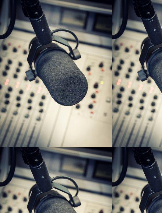 Tapeta Pixerstick Část směšovací panelu v rozhlasovém studiu - Značky a symboly