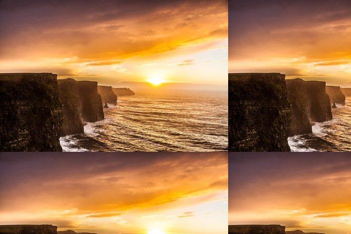 Tapeta Pixerstick Cliffs of Moher při západu slunce v hrabství Clare, Irsko Evropě - Témata