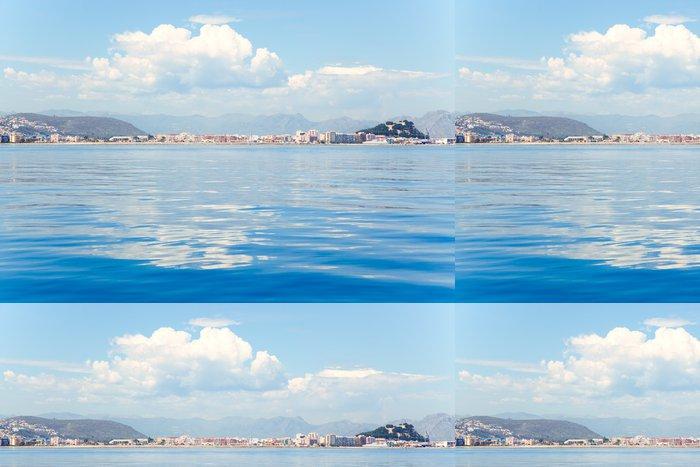 Tapeta Pixerstick Denia alicante pohled z modré klidné moře - Voda