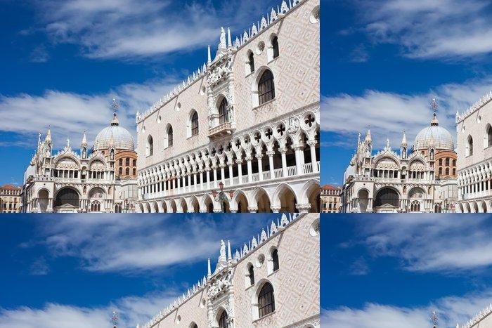 Tapeta Pixerstick Doge palác v Benátkách - Evropská města