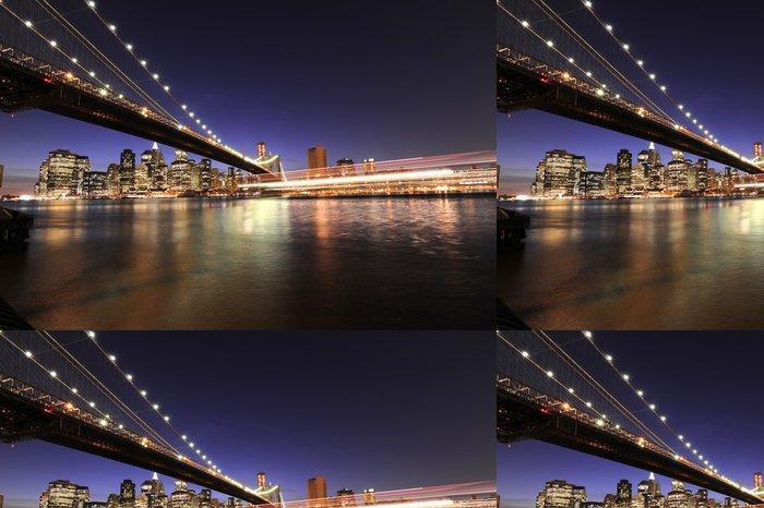 Tapeta Pixerstick Dramatický New York City panorama s výletní lodí - Amerika