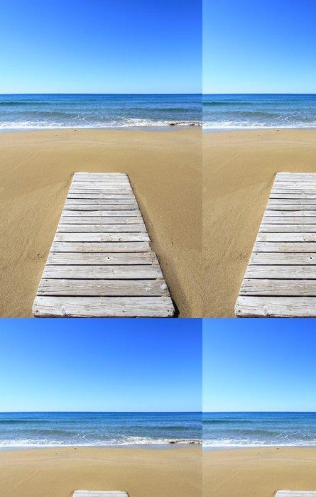 Tapeta Pixerstick Dřevěná podlaha na zlaté písečné pláži - Evropa