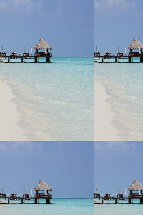 Vinylová Tapeta Dřevěné molo nad bílým pláže v Maledivy - Prázdniny