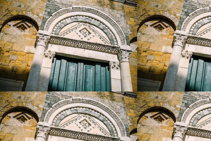 Tapeta Pixerstick Duomo di Volterra, Portale - Toscana - Prázdniny