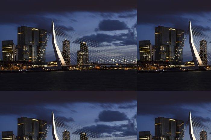 Tapeta Pixerstick Erasmus most Rotterdam v noci - Evropa