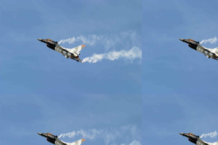 Tapeta Pixerstick F-16 Fighting Falcon Slow Fly Past - Vzduch
