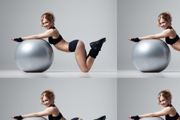 Tapeta Pixerstick Fitness s tělocvičnou míč - Osud
