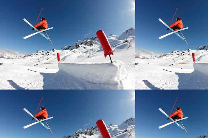 Tapeta Pixerstick Freestyle, postava phil drapák - lyžařské croisées - Zimní sporty