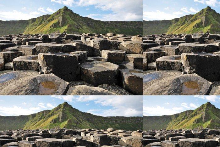 Tapeta Pixerstick Giant Causeway kameny a horské - Evropa