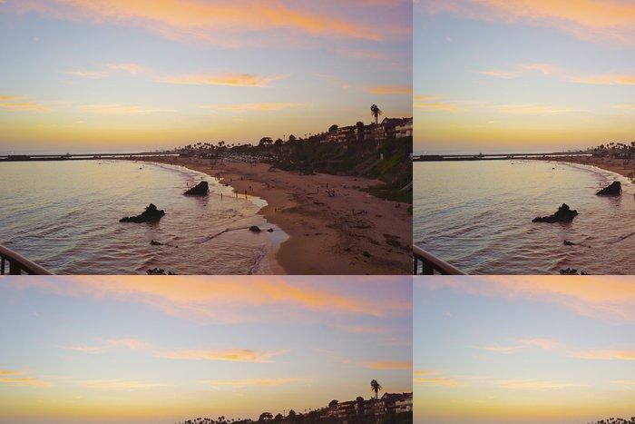 Tapeta Pixerstick Golden Sunset Over Newport Beach - Voda